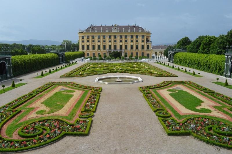 6 castello di schonbrunn